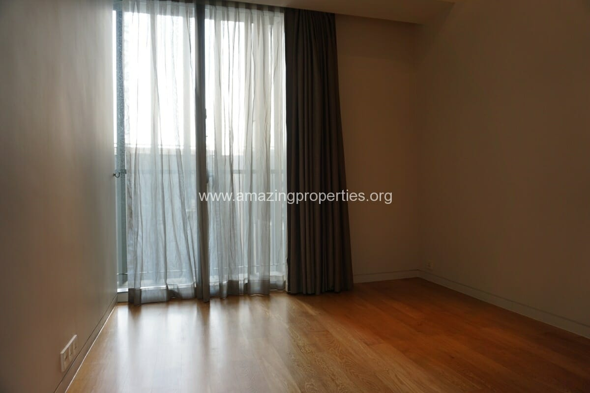 The Met Duplex 4 Bedroom Condo for Rent (16)