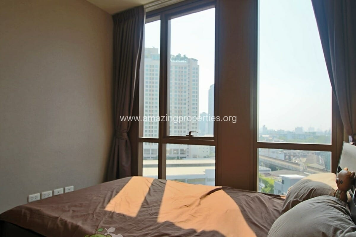 The lofts Ekkamai 2 Bedroom condo for Rent (11)