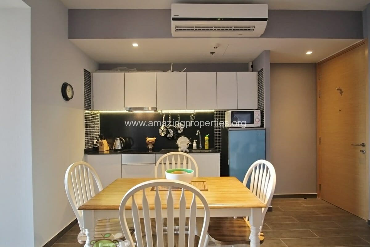 The lofts Ekkamai 2 Bedroom condo for Rent (2)