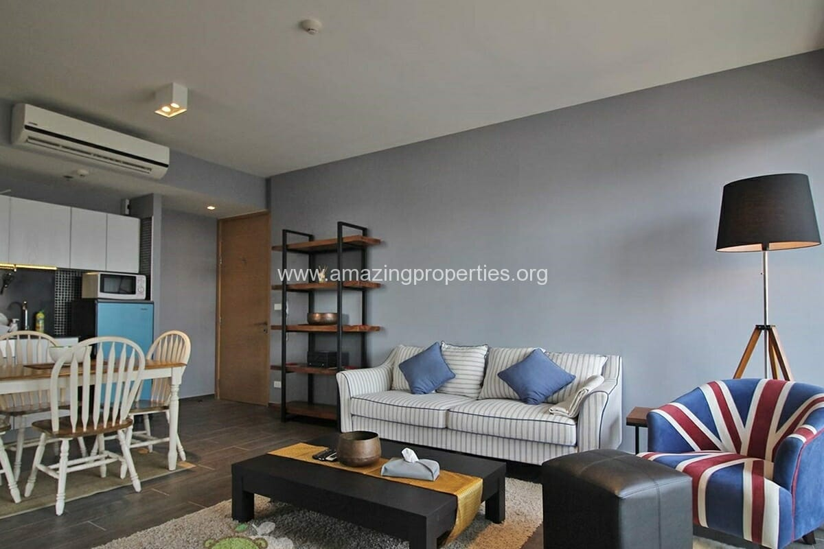 The lofts Ekkamai 2 Bedroom condo for Rent (6)