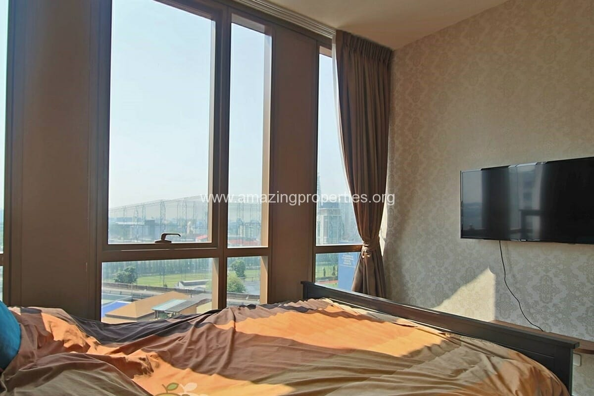 The lofts Ekkamai 2 Bedroom condo for Rent (9)