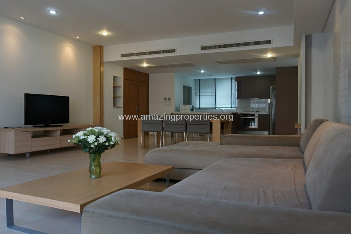 2 Bedroom Apartment for Rent Baan Sukhumvit 27