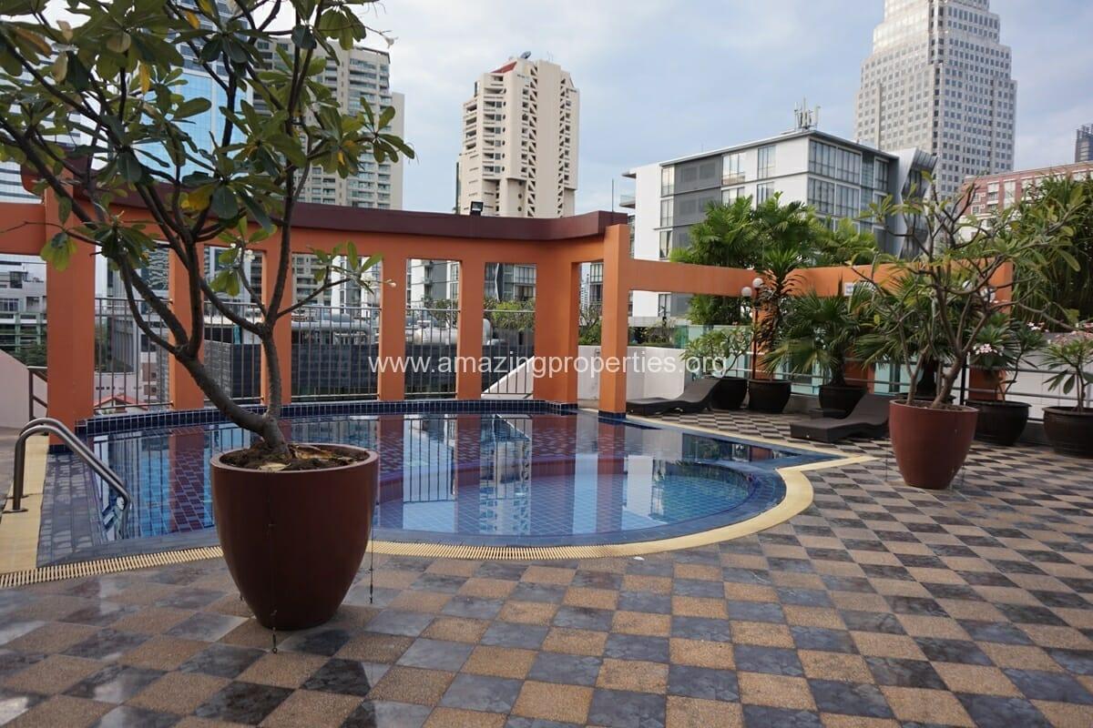Prime Suites Condominium (8)