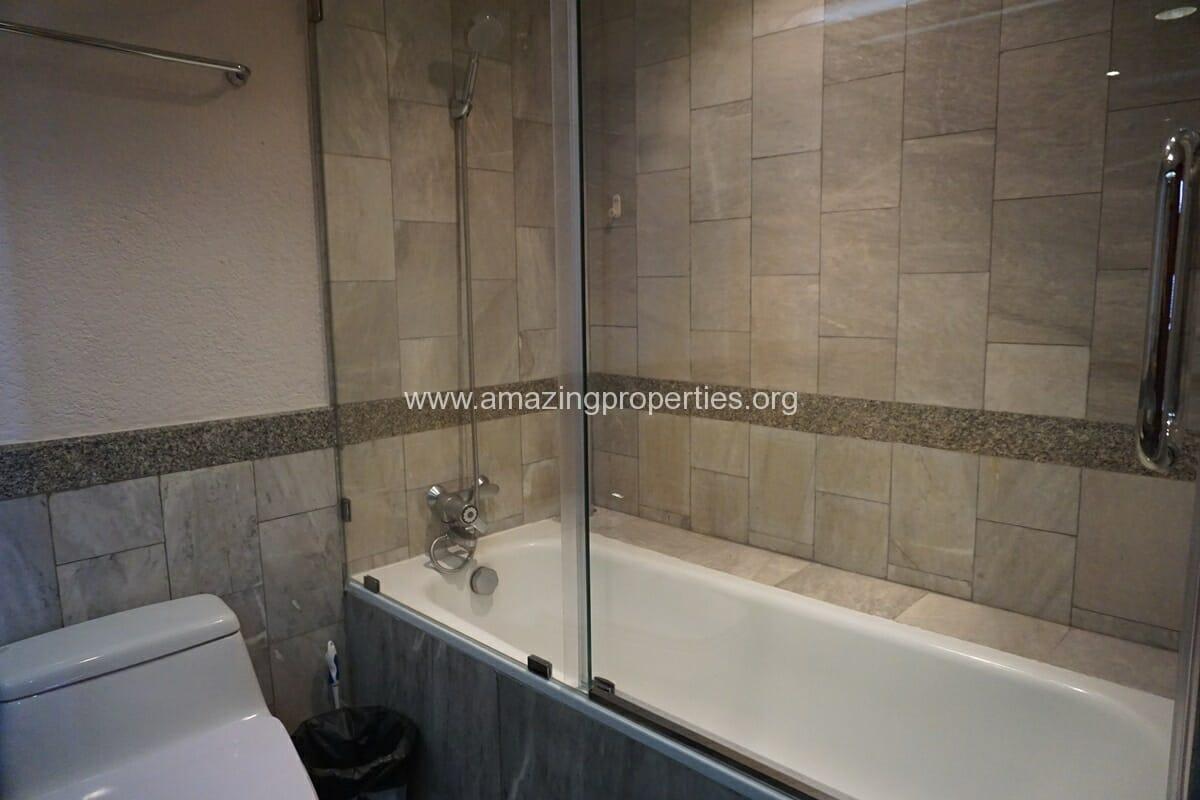 2 Bedroom Condo for Rent at Las Colinas (17)