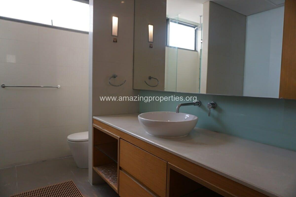 2 bedroom condo for Rent at Domus condominium (11)