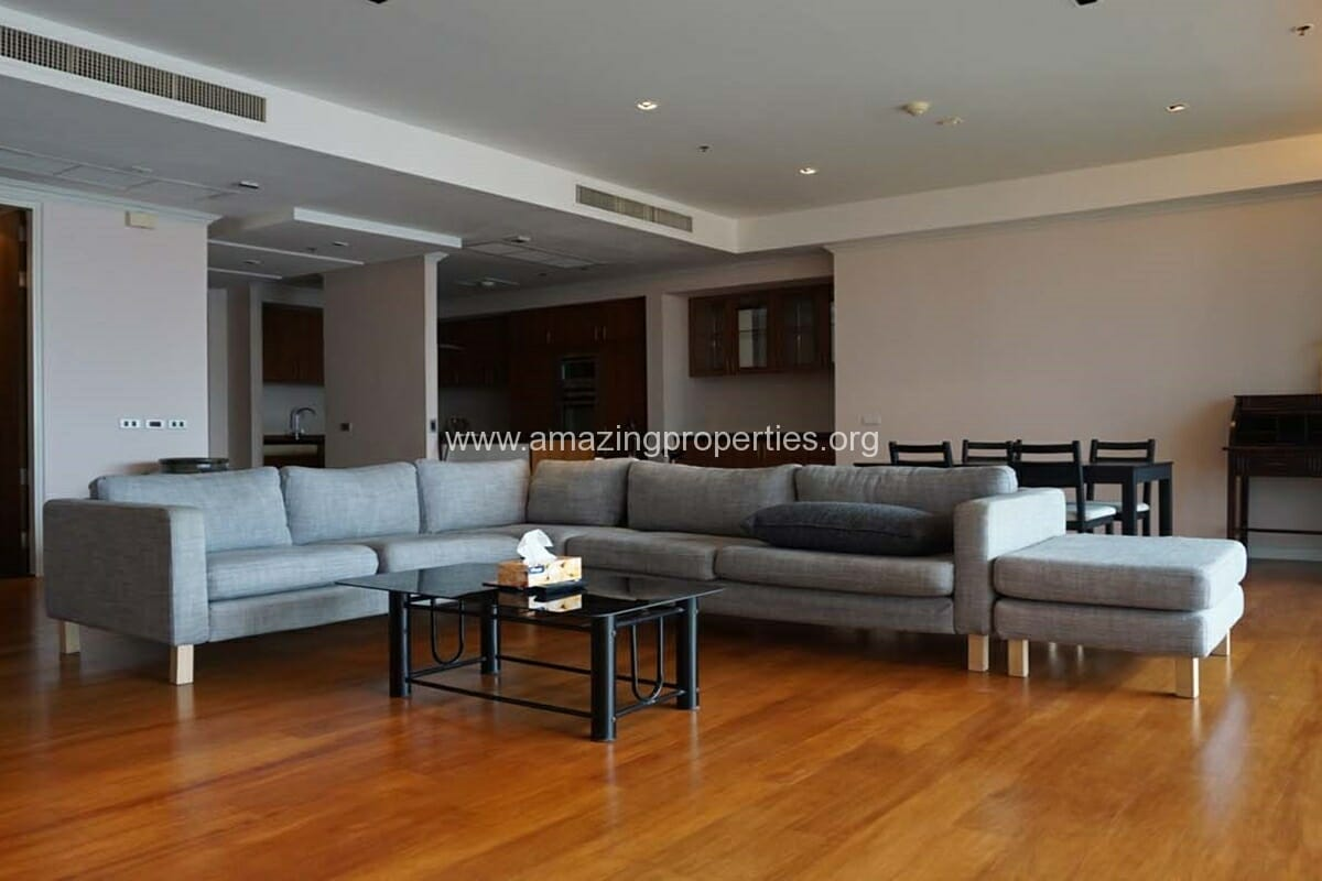2 bedroom condo for Rent at The Lakes (11)