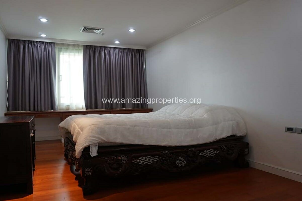 2 bedroom condo for Rent at The Lakes (3)