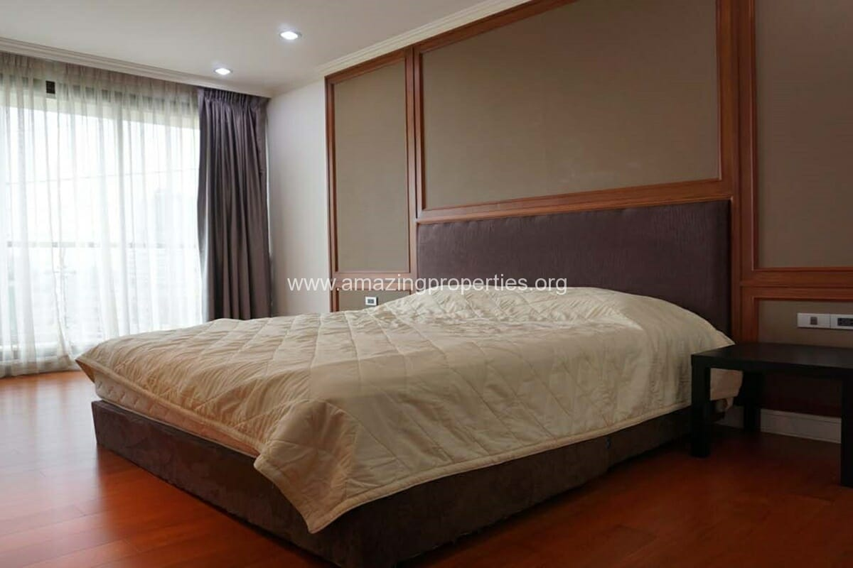 2 bedroom condo for Rent at The Lakes (5)