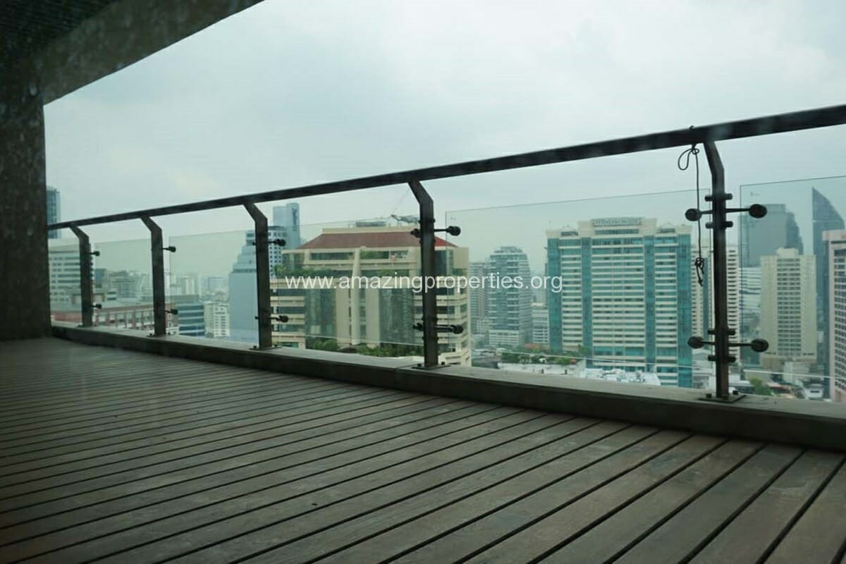 2 bedroom condo for Rent at The Lakes (9)