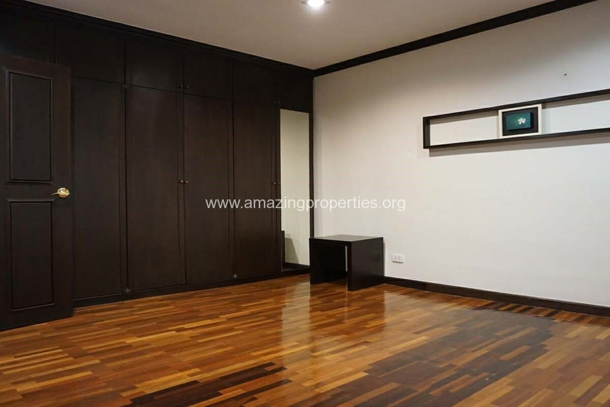 3 bedroom condo for rent at City Lake Tower (13)