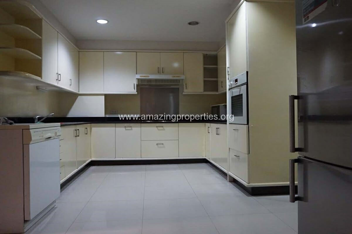 3 bedroom condo for rent at City Lake Tower (16)