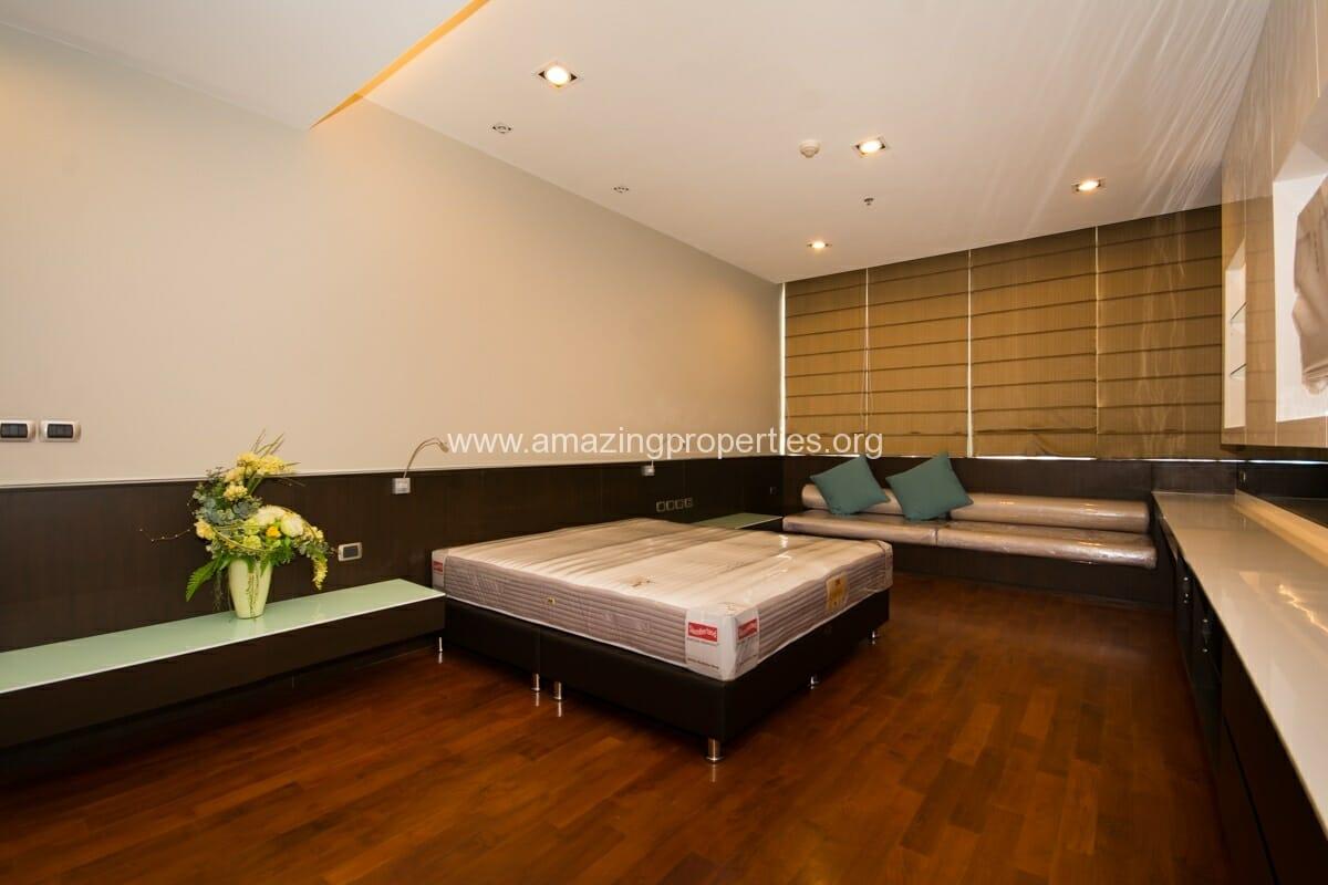 4 bedroom condo for Rent at Domus Condominium (10)