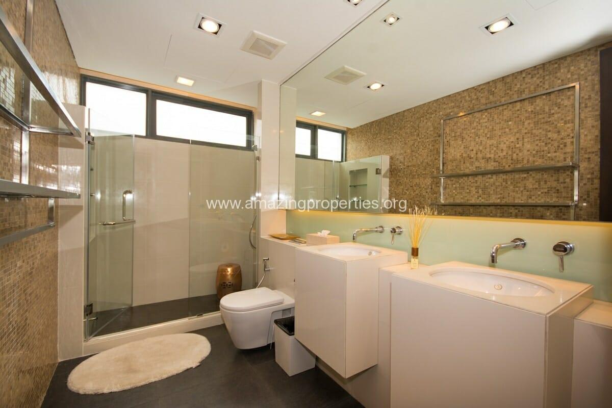 4 bedroom condo for Rent at Domus Condominium (6)
