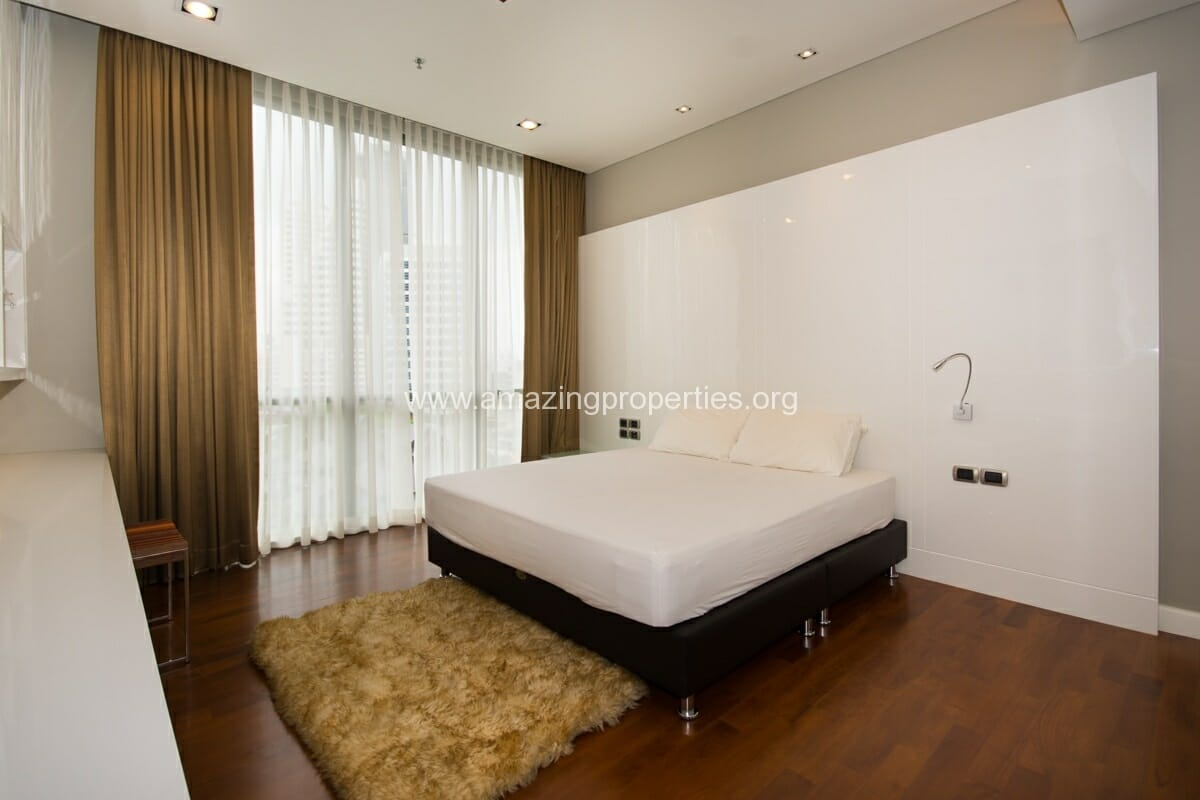 4 bedroom condo for Rent at Domus Condominium (7)