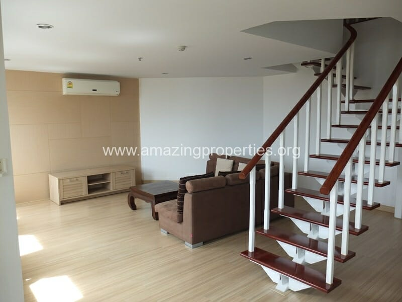 Duplex 2 Bedroom Apartment for Rent at PWT Mansion