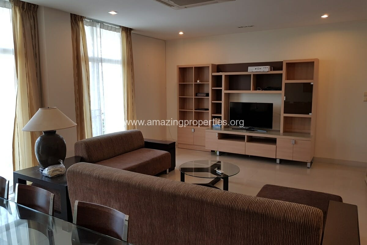 Phrom Phong 2 Bedroom Apartment for Rent