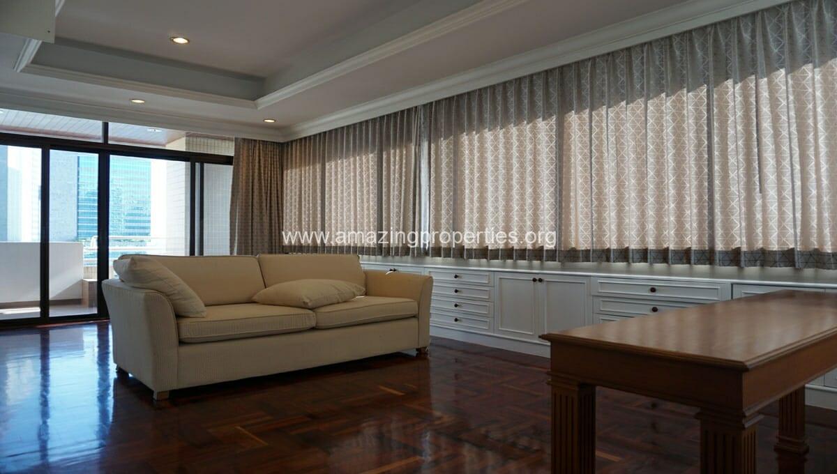 Ruamsuk 3 bedroom condo for rent (1)