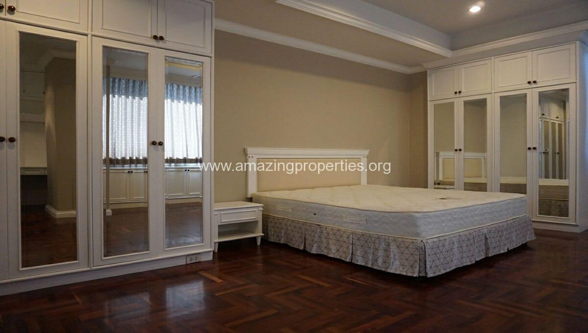 Ruamsuk 3 bedroom condo for rent (13)