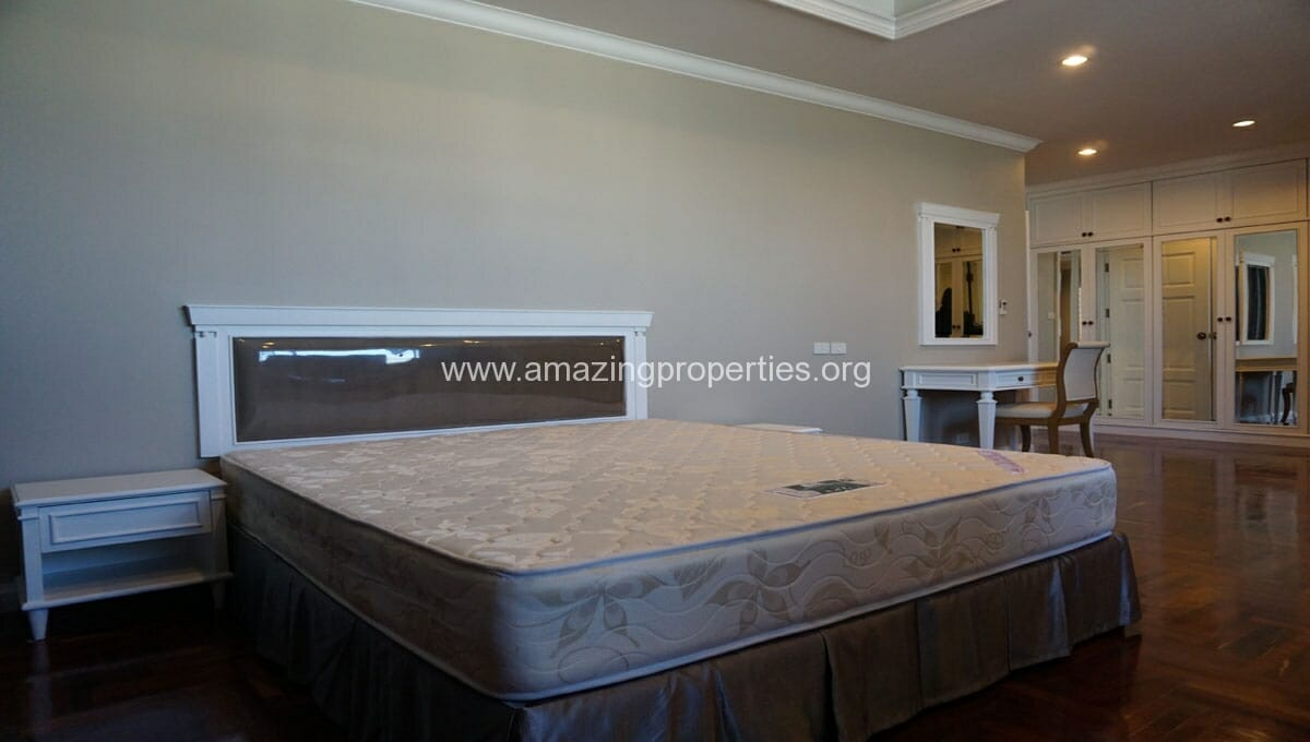 Ruamsuk 3 bedroom condo for rent (18)
