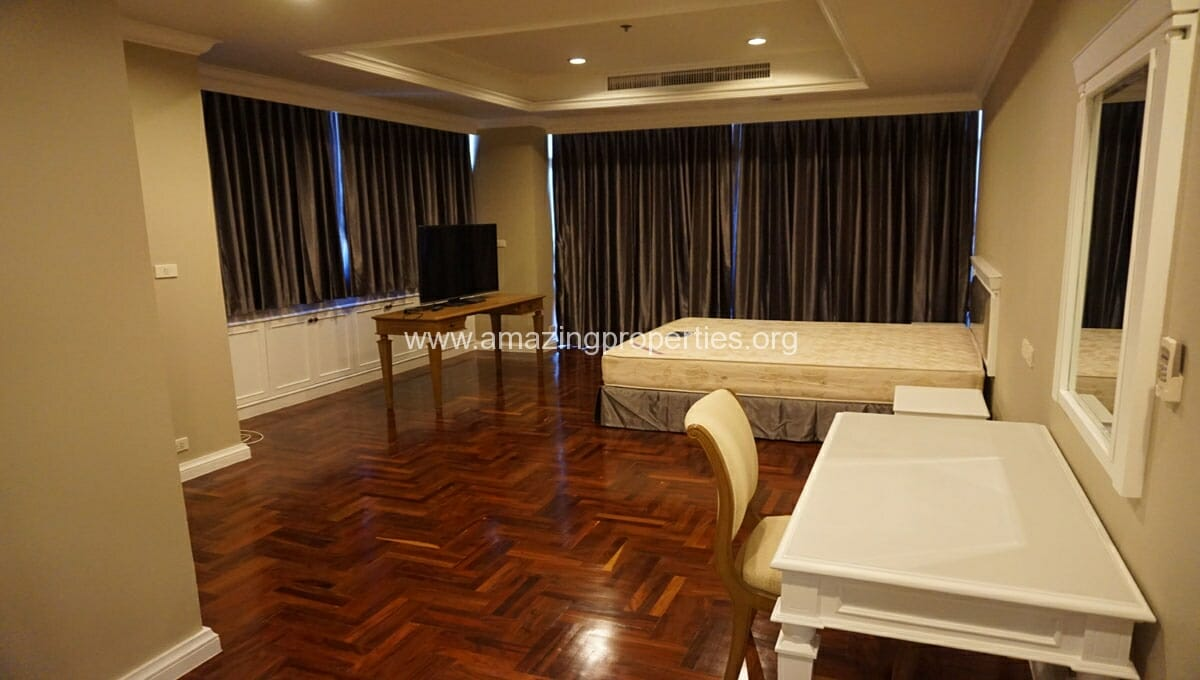 Ruamsuk 3 bedroom condo for rent (19)
