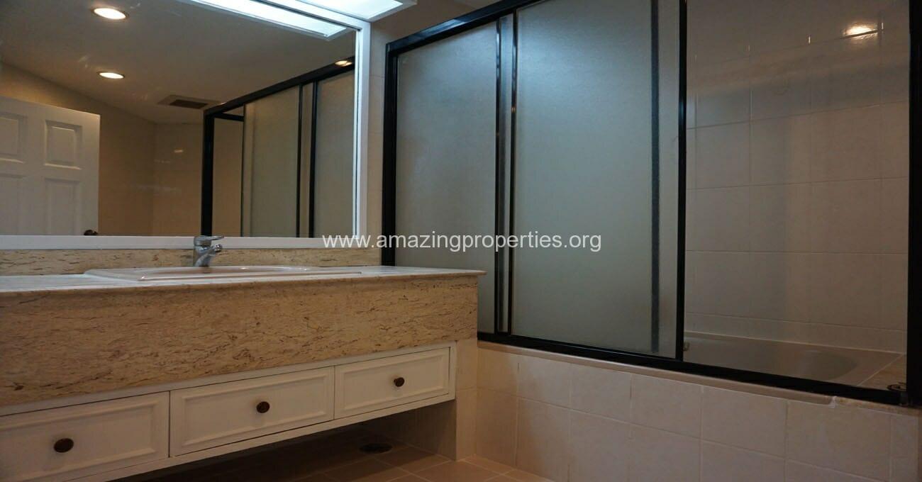 Ruamsuk 3 bedroom condo for rent (8)