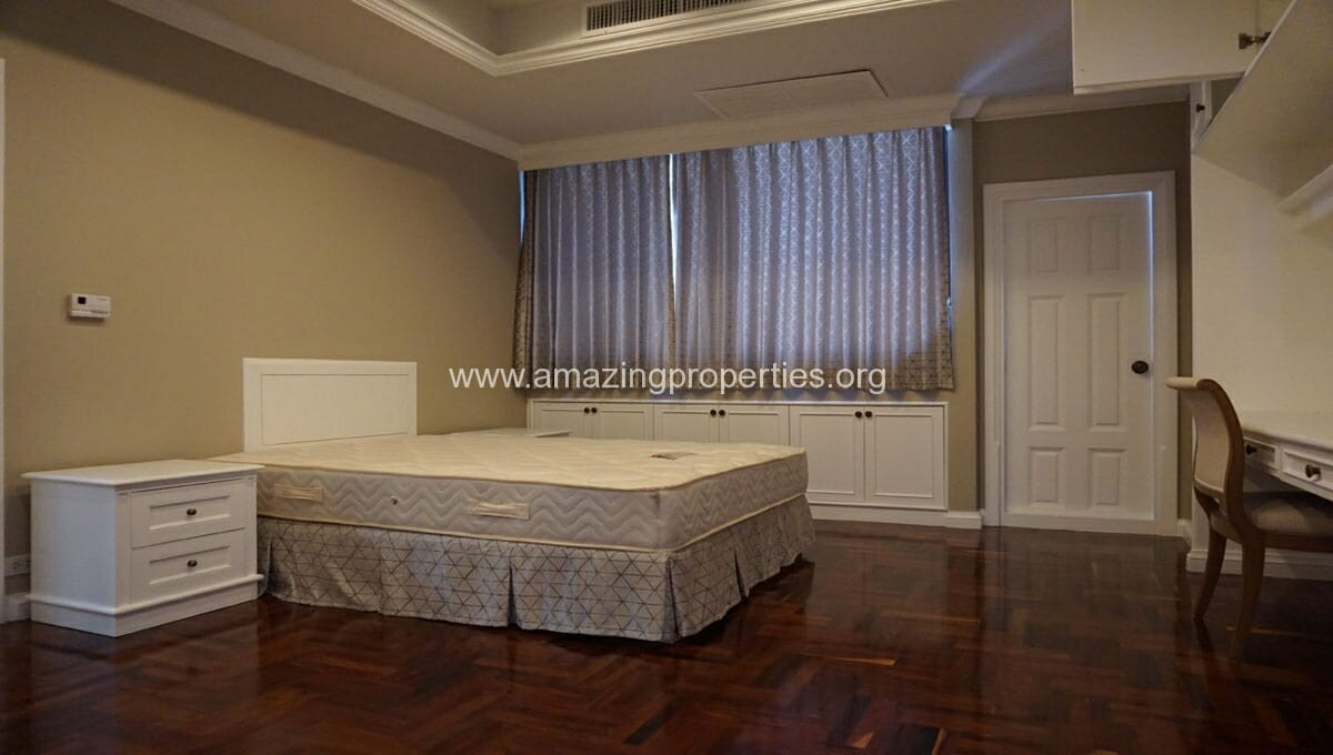 Ruamsuk 3 bedroom condo for rent (9)