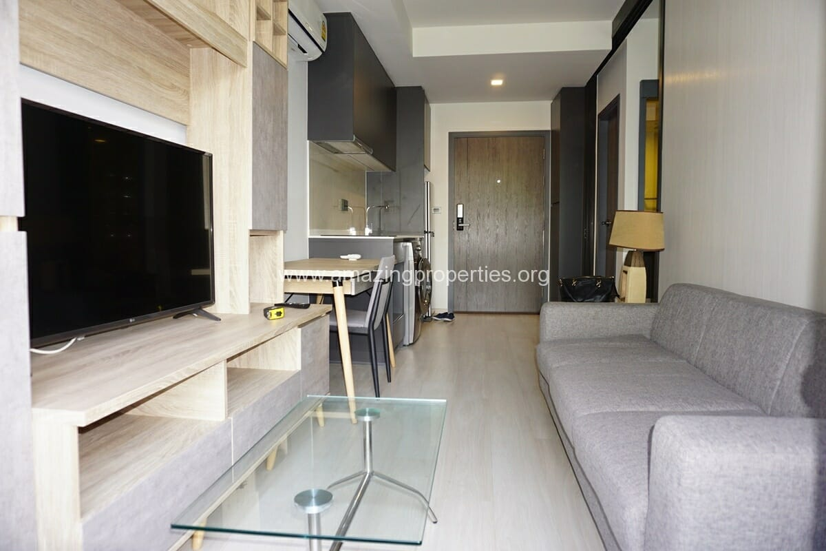 1 Bedroom Condo for Rent at Venio Sukhumvit soi 10