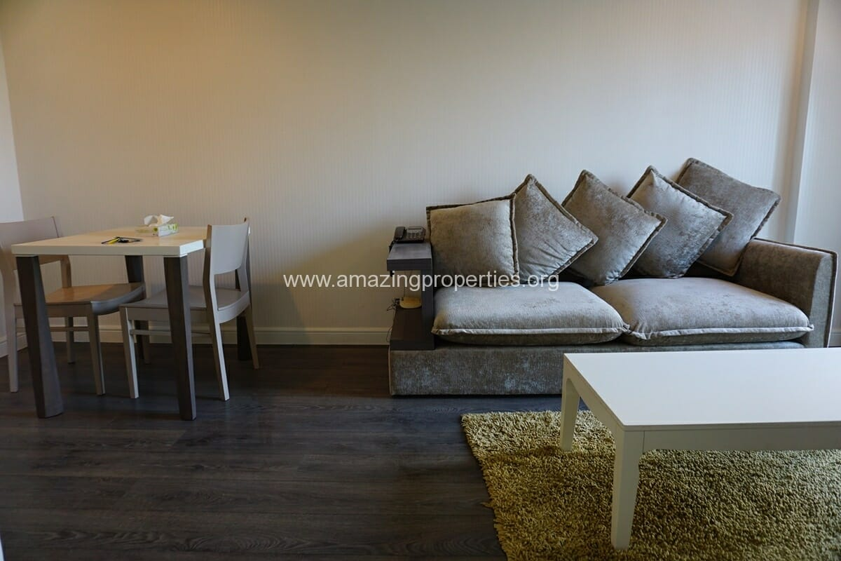 1 Bedroom condo for Rent at The Crest Sukhumvit 49
