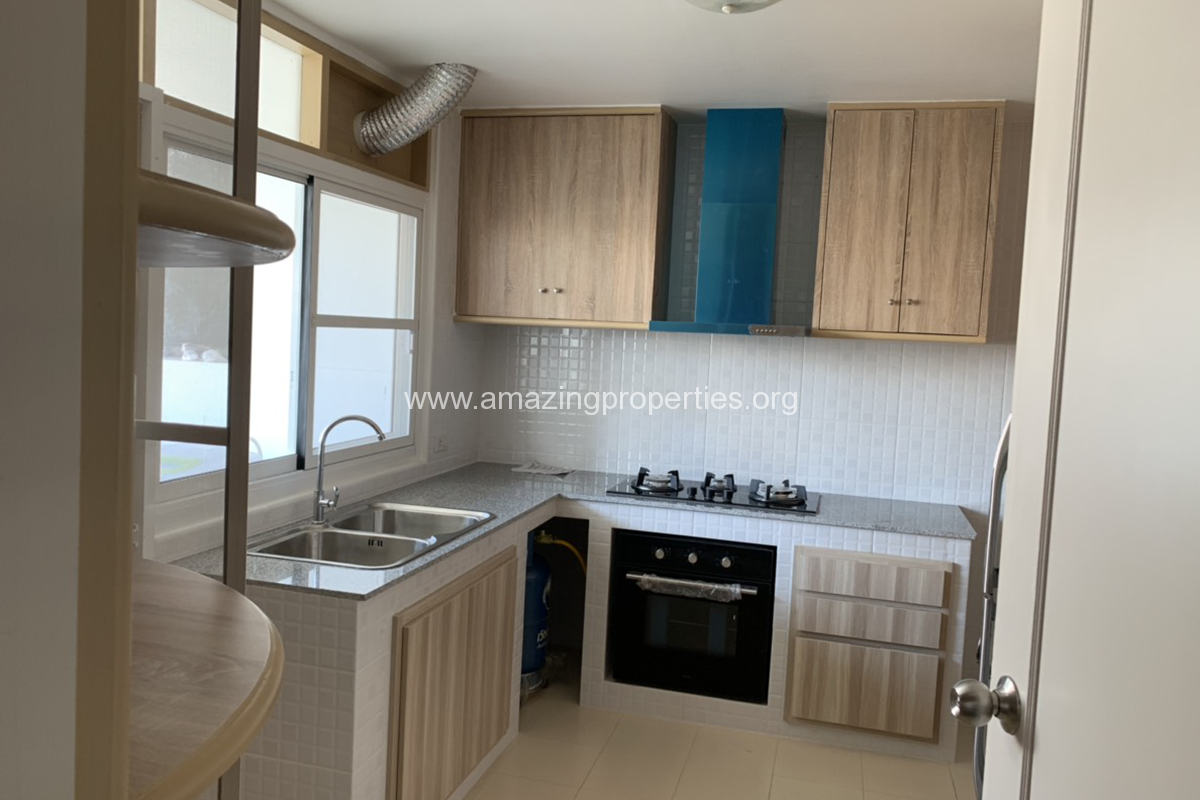 3 Bedroom Condo for Rent at Tongtip Mansion