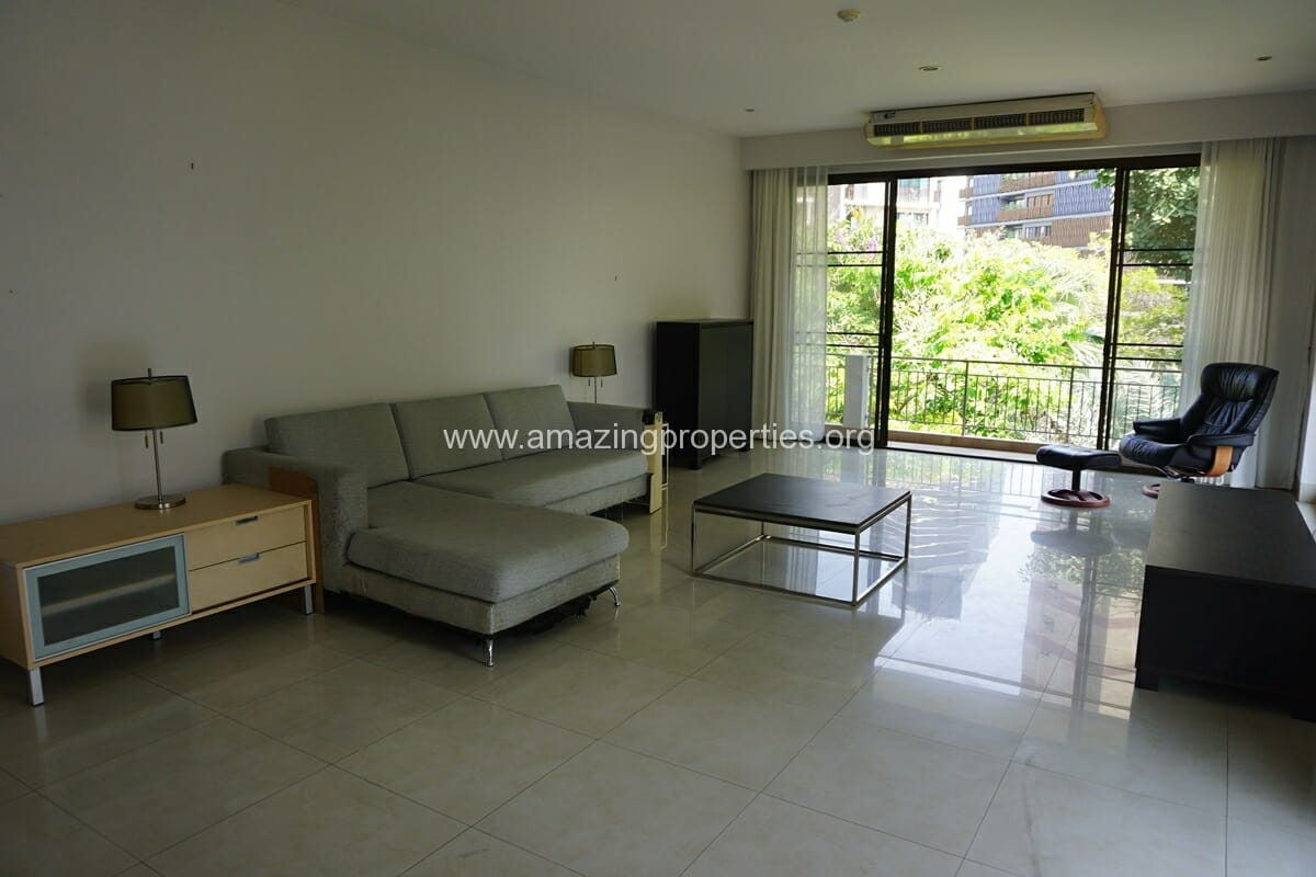 3 Bedroom Condo for rent in Sukhumvit 24 Home