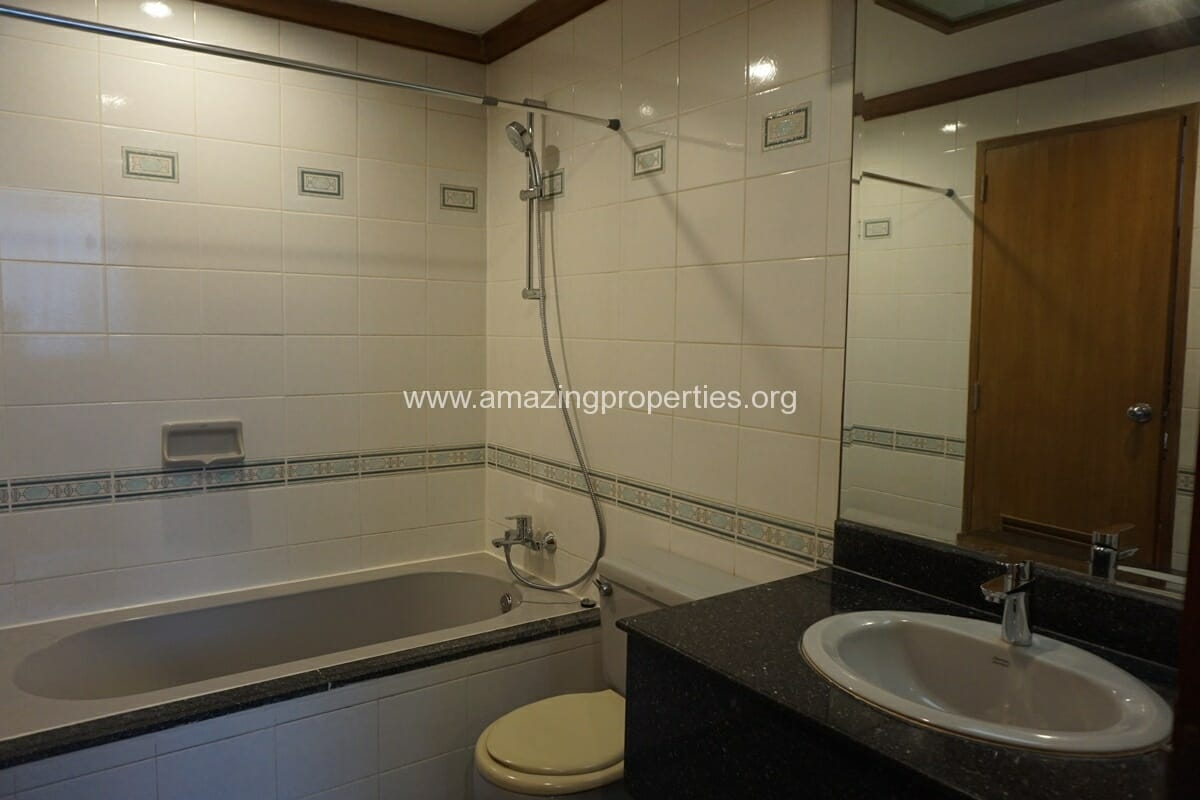 2 Bedroom Apartment for Rent at Sawang Apartment (28)