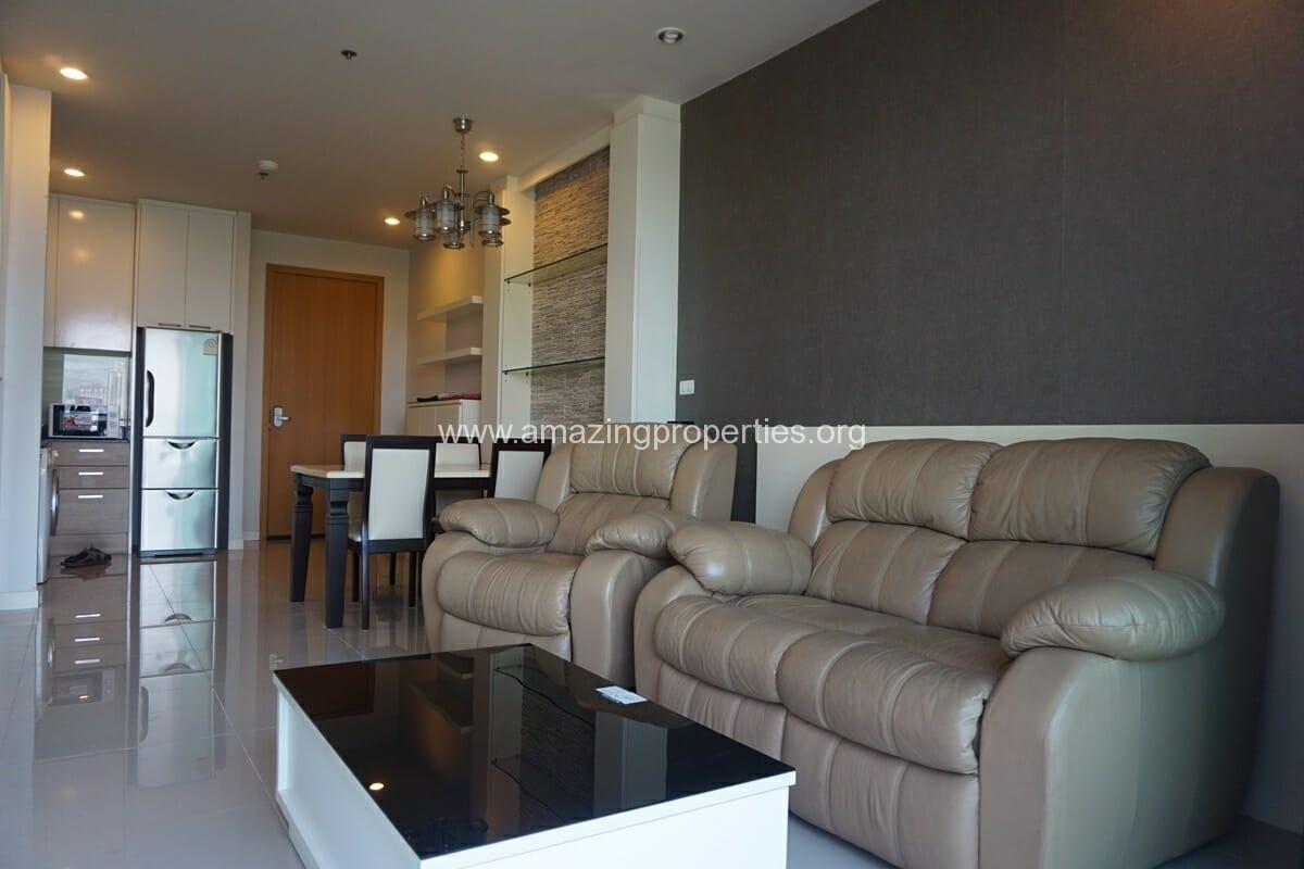 2 Bedroom Condo for Sale at Circle Condominium