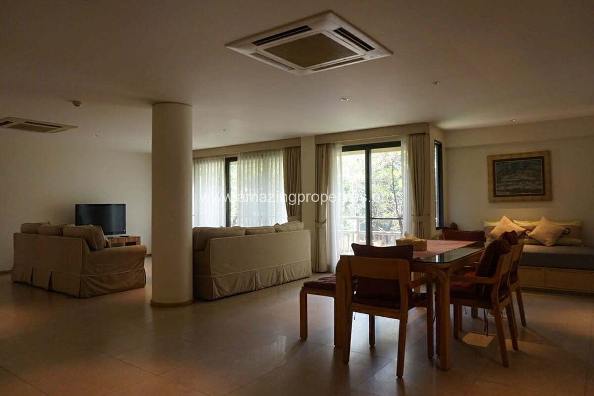 Casa Langsuan 2 bedroom apartment for rent Chidlom