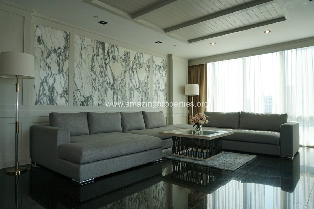 Le Raffine Sukhumvit 31 Duplex Condo for Rent